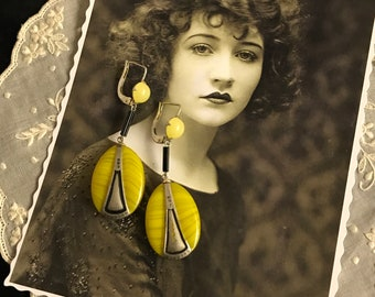 1920 French Antique Vintage Art Deco earrings - yellow and black crystal and silver decor - Miss Fisher - New old Stock - Flapper