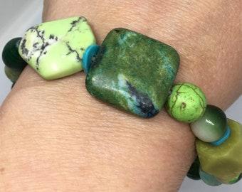 Elastic Green Stone Beaded BANGLE Bracelet - Nature Lady Wearable Art Stone Bracelet - Green Stone Bracelet