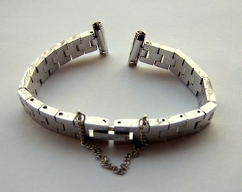 1 N.O.S Silver Tone Metal Watch Replacement Bracelet Band, Brushed Chrome Finish, Safety Chain, Jewelry Supplies, Replace an Old Worn Band
