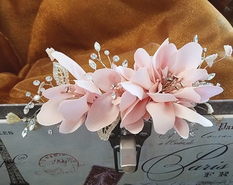 Bridal Hair Comb, Blush Flowers with Gold Leaves and Rhinestones, Wedding Hair Accessory, Boho Hair Flower, Bridesmaid Hair Pin