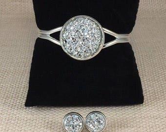 Silver Druzy Jewelry Set - Druzy - Silver - Druzy Bracelet - Druzy Earrings  - Jewelry - Silver Druzy Earrings - Silver Druzy Bracelet -
