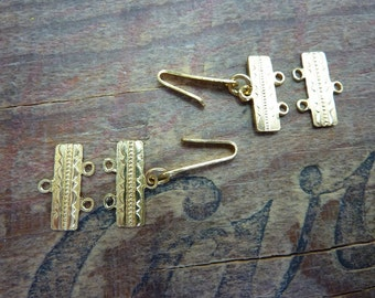 Vintage Clasp 2 to 1 Gold Link Clasp Finding (2 sets) XC200