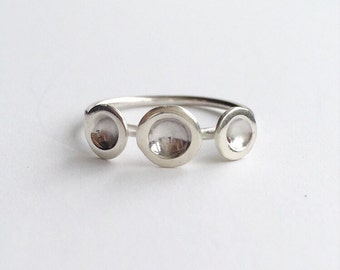 TRI DOT RING - Sterling Silver Circles Ring -  Highly Polished Solid Silver 3 Dot Ring
