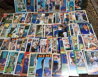 75 New York Mets Baseball Cards - 1980-90's Eras