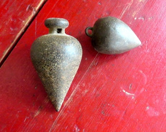 2 vintage plumb bobs Vintage plummets Carpenter's tools Industrial tools Cast iron plumb bobs Old tools Collectible tools Old surveyors tool