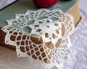 Crochet doily Small lace doily Linen lace doilie Small crochet doilies Crocheted doilies lace 240