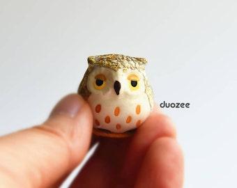 Miniature Fairy Garden, Tiny Ceramic Owl on Tree Stump, Miniature Owl, Ceramic Miniatures, Owl Figurines, Owl Figures, Owl Decor