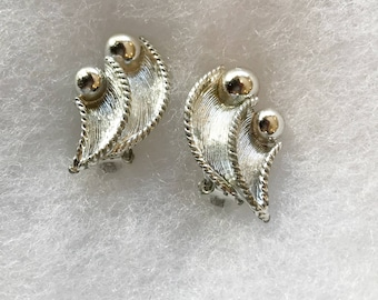 Vintage Retro Silver Tone Clip On  Earrings, Signed BSK