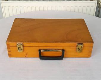 Vintage wooden artists case Large dovetailed painters artist case Wood suitcase bag Wood chest locker Traveling paint box Paint tool box