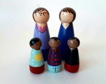 Two Mom Custom Peg doll Family, Mothers Day Gift, Two Moms, Peg Dolls, Montessori Toys, Montessori, Peg Doll Family, Peg Doll, LBGT Family
