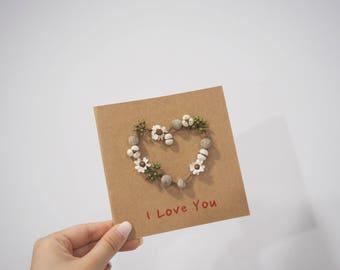 Greeting Card/Handmade Dried Flower Card with 'Flower Heart' Design /Blank Card/ Birthday Card/ Invitation/ Wedding Card/Valentine's Day
