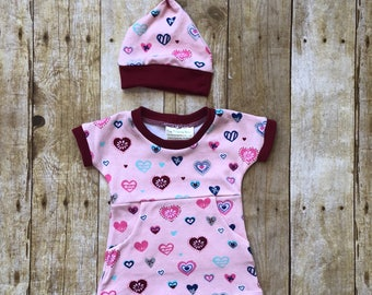 Newborn Girl Coming Home Outfit - Newborn Baby Set -  Newborn Dress - Newborn Girl Hat - Newborn Set for Pictures - Newborn Valentines Dress