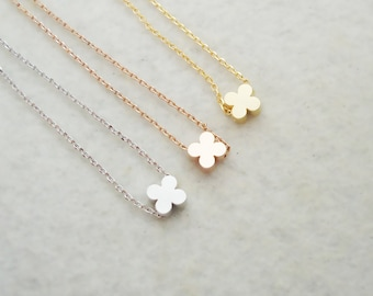 495.Cute Tiny Clover Bead Necklace, gift for her, gift for friends, Quatrefoil Clover Jewelry - Choose your length and color