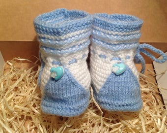 Baby booties, crocheted baby shoes, baby shower gift, crochet baby booties, newborn baby shoes, gift for baby, gift for the boy