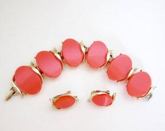 Thermoset Bracelet Earrings Set Coral Orange Clip On Earrings Vintage 1960s