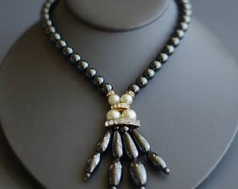 Vintage hematite, pearl & rhinestone necklace 40's or 50's