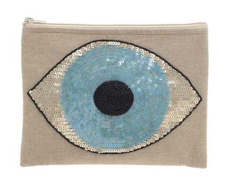 Lashie pouch with sequined eye pattern