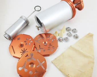 Vintage Cookie Press and Cake Decorating Kit Dial a Cookie Discs Tips Gun Decorator