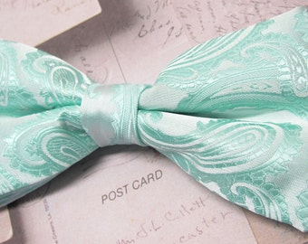 Mens Bowtie. Pastel Mint Green Paisley Bow Tie With Matching Pocket Square Option