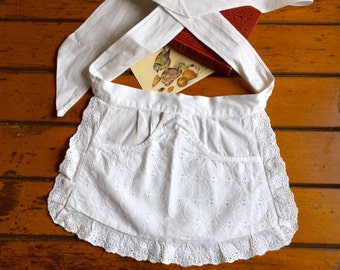 Vintage Half Apron extra short extra tiny Broiderie Anglaise German Cafe White cotton lace Downton Abbey, French maid apron, ladis maid