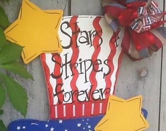 Patriotic hat door hanger, 4th of July decor, Memorial Day door hanger, God bless America door sign, Stars and Stripes door hanger,