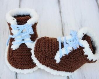 Baby Boots Knitting Pattern