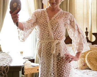 Ivory Bridal Floral Lace Robe | Kimono getting ready robe, bridal shower gift, dressing gown, wedding lingerie, Honeymoon Robe Boudoir Shoot