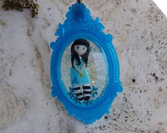Gorjussed Dolly incorporated into the resin