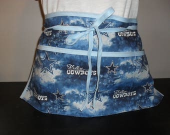 Dallas Cowboys utility/waitress/vendor apron.