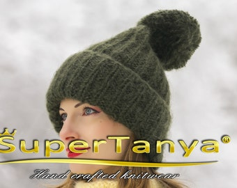 Thick warm green hand knitted mohair hat by SuperTanya