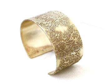 Personalized Wedding Anniversary Jewelry, Engagement Gift, Anniversary Gift from Husband, Anniversary Jewelry for Mom, Brass Cuff Jewelry