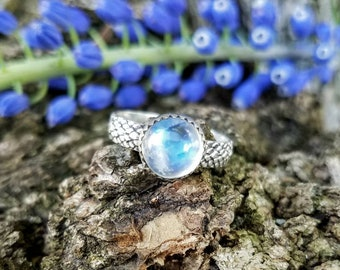 Moonstone and snakeskin stacking ring- size 6.25
