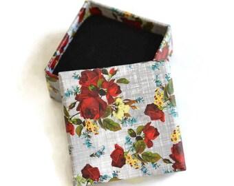 1 box for ring 26x50mm gray flower pattern