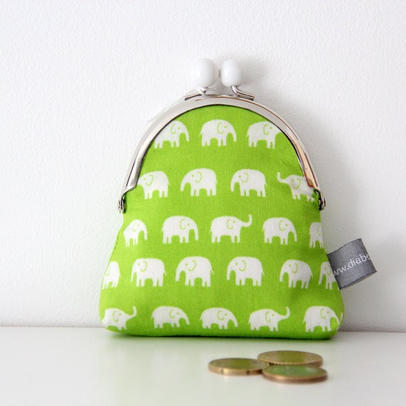 Metal frame coin purse - elephants - lime green - white - purse - market - shopping - change - retro - girly -- Kiclac Eléphants Vert