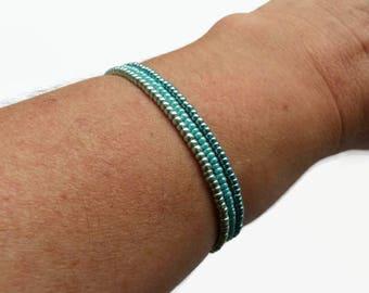 Dainty bracelet, bohemian bracelet, beach jewelry, stretch bracelet, seed bead bracelet, blue bracelet, bracelet set, gypsy jewelry, summer