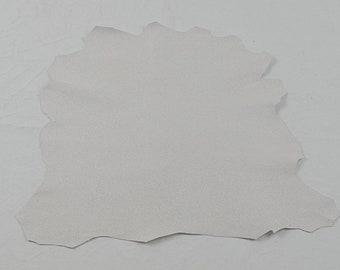Peau de cuir d'agneau blanc grainé pailleté