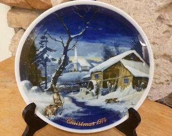 Royal Bayreuth 1974 Christmas plate