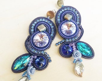 Soutaches earrings in shades of indigo, lilac, blue grey and Swarovski crystals