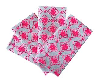 Neon pink Flora linen napkins (set of 4)