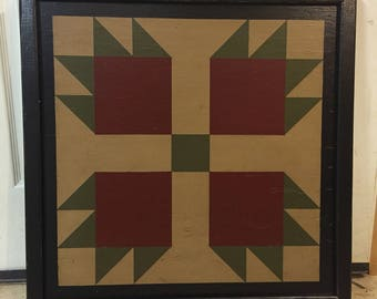 PriMiTiVe Hand-Painted Barn Quilt, Small Frame 2' x 2' - Bear's Paw