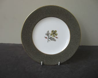 "Vtg WEDGWOOD Bone China ""ELAINE"" W4241 Mottled Band Florals Salad Plate"