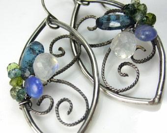 The Crawling Vine Earrings