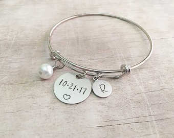 Personalized Wedding Date Bracelet for Bride - Bridal Shower Gift - Gift for Bride - Custom Wedding Gift for Bride - Date Bracelet