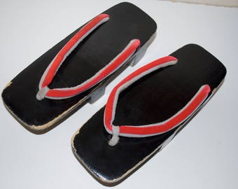 Vintage Japanese Geta Sandals Black Lacquer Red Straps Gold Rose Emblem