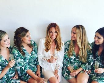 Tropical Print Robe, Bridesmaid Robes, Bridal Lingerie, Bridesmaids Gifts, Wedding Day Robe, Bridal Party Robes, Personalized Gifts