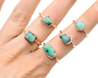 Raw EMERALD Ring // crystal ring / rough Emerald ring / May Birthstone Ring / Emerald ring / Emerald Copper Ring / Emerald Stone ring