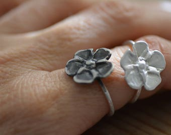 Silver flower ring, stacking flower rings, oxidized silver ring, floral ring, flower rings, stackable flower rings, silver rings women