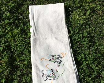 Vintage 1950s Tea Towel Embroidered With Two Puppies / Dish Towel /Kitchen / Home Decor / Flour Sack / Dogs / Housewarming / Living /Kitsch