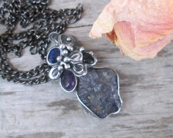 metal Pendant  with  Natural  raw iolite, amethyst, sherl , kyanite