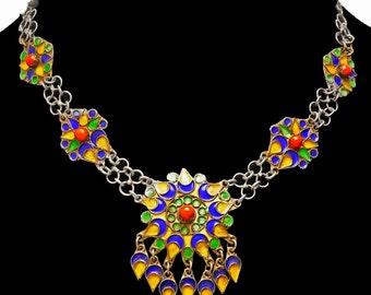 Lovely Vintage Moroccan Enamel Necklace